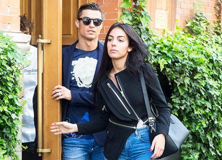 Криштиану Роналду продолжает восстанавливать репутацию при помощи возлюбленной Джорджины Родригез