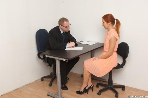 Видео шеф трахнул секретаршу