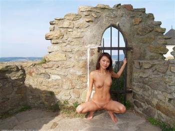 Exotic Girl - 144198 - Agnes Nudism
